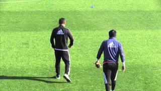 Diego Alves, a punto de meter en un aprieto a Neville