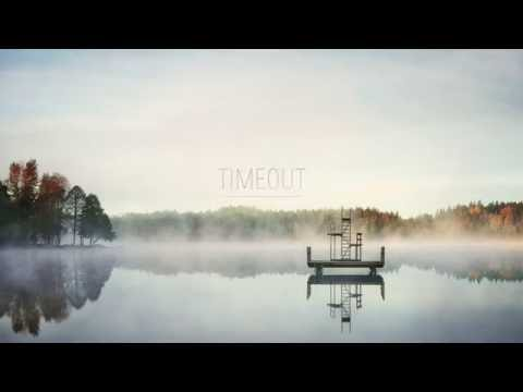 Produktbild - Timeout, Fotpall i fårskinn med kryssfot