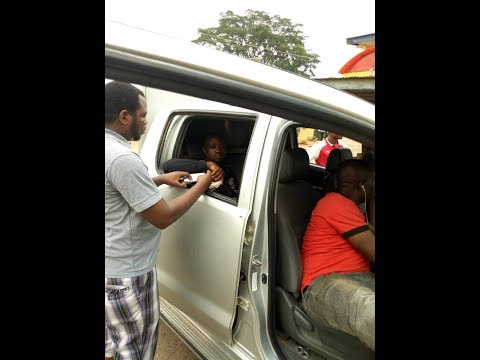 SARS Officer Lands in Trouble for Extorting from Journalist (See They Exposed Him)