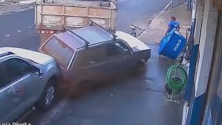 Аварии и ДТП Водятлы за рулем Дорожные войны Auto Bars