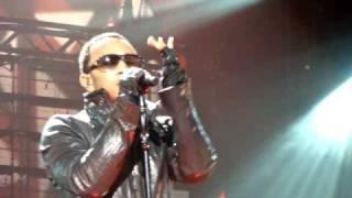 """John Legend """"Satisfaction"""" at the Zenith in Paris 07/03/09"""