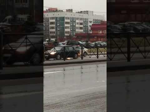 Драка с таксистом из-за 100 рублей