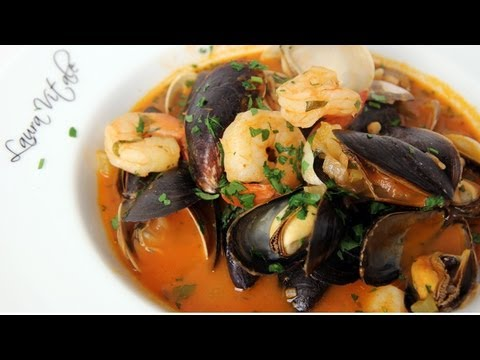 Homemade Cioppino Recipe – Laura Vitale – Laura in the Kitchen Episode 263