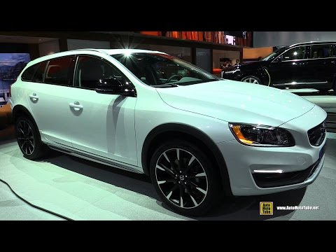 2015 Volvo V60 T5 AWD Cross Country - Exterior and Interior Walkaround - Debut at 2014 LA Auto Show