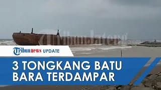 Gelombang Tinggi dan Angin Kencang di Tegal Buat 3 Tongkang Batu Bara Terdampar di Pantai Alam Indah