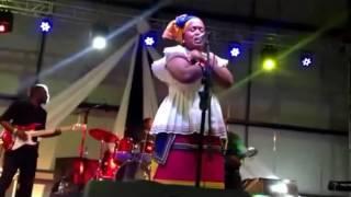 Winnie Mashaba    O Mohau Live In Botswana