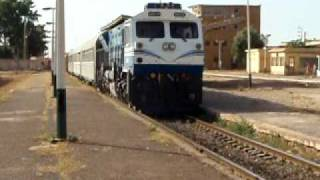 preview picture of video 'SNTF Algeria: 060 DS 10 leaving Oued Tlelat'