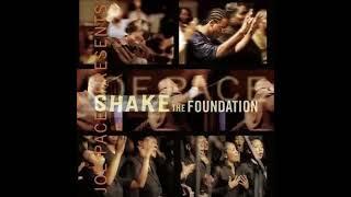 Joe Pace & The Guiding Light Church Choir - Remember Jesus Medley