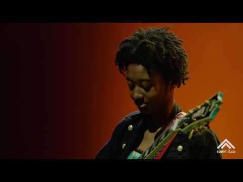 Melanie Faye Guitar Tribute To Jimi Hendrix And Mariah Carey At Summit La18