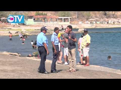 Familias disfrutan de las aguas de Xiloá seguras y tranquilas