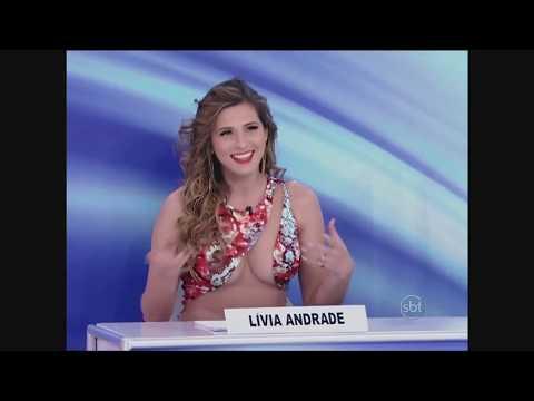 Vestido de Lívia Andrade chama atenção de Silvio Santos