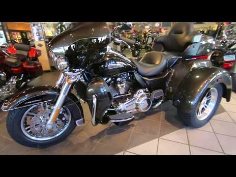2020 Harley-Davidson Tri-Glide Ultra Trike FLHTCUTG