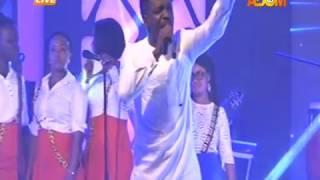 Preye Odede's Performance Performs @Adom Praiz 2017 on Adom TV (6-10-17)