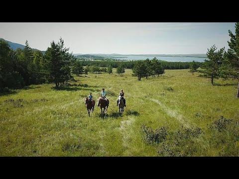Ιππασία στο εθνικό πάρκο Μπουραβάι του Καζακστάν