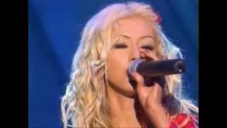 Christina Aguilera  Contigo en la Distancia & Genio Atrapado live