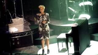 Emile Sande Abide With Me Glasgow 6/11/12