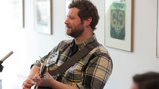 #StraightUnplugged: Dan Mangan plays ''Post-war Blues""
