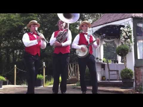 Street Seven - New Orleans Jazz Video