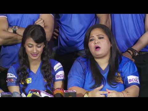 Bharti Singh Best Comedy With Media In Public