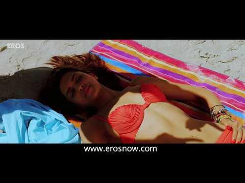 Deepika Padukone chills by the beach - Cocktail