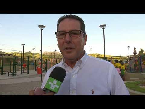 Governador inaugura obras e assina ordem de serviço em Atílio Vivacqua