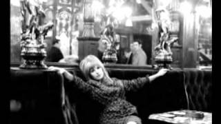 MARIANNE FAITHFULL live - She moved through the fair