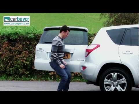 Toyota RAV4 SUV 2006 - 2012 review - CarBuyer
