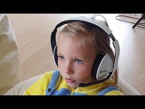 ПРЯМОЙ КЕФИР:) Играем в ROBLOX у Нас ДОЖДЬ !! СТРИМ / у Николь и Алисы теперь РАЦИИ !! Роблокс
