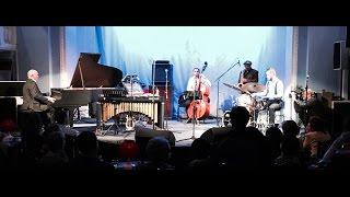 "Bill Saxton & Alexey Cheremizov Trio - ""Blues for Obama"" (Bill Saxton)"