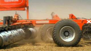 мировой рекорд трактора Ростсельмаш - 535 Buhler Versatile