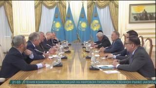 Глава государства провел встречу с членами Международного консультативного совета