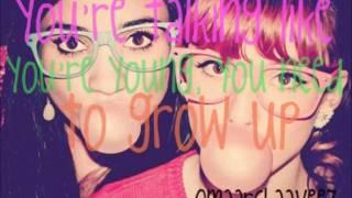 Bubblegum Boy - Bella Thorne & Pia Mia (Lyrics)