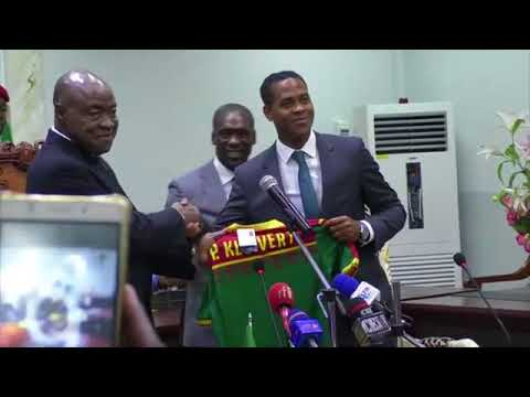 Seedorf and Kluivert unveiled as the new Cameroon coaches