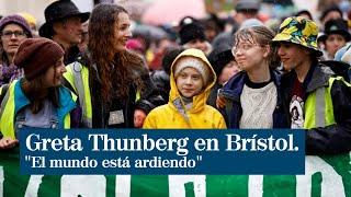 """Greta Thunberg paraliza las escuelas de Brístol: """"El mundo está ardiendo"""""""