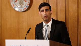 video: Coronavirus latest news: UK could 'stay in lockdown' as England deaths rise by 828 - watch Rishi Sunak give daily update live