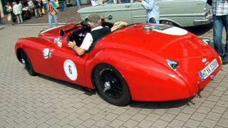 Modified Jaguar XK120 with Lovely Sound !