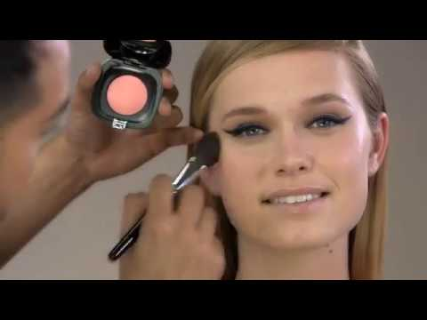 How to Get the Double Wing Liner Look - Marc Jacobs Beauty