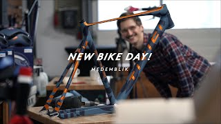 NEW BIKE DAY FOR THE FIXED GEAR TEAM!