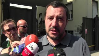 Ministro Savona indagato, Salvini: