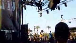 """Sugarland Live @ The Stagecoach Festival """"Flyaway"""""""