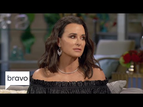 mp4 Kyle Richards House Robbed, download Kyle Richards House Robbed video klip Kyle Richards House Robbed