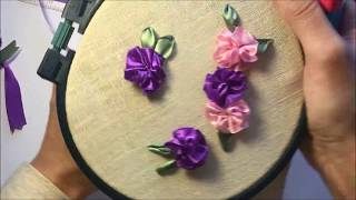 Простой цветок из атласной ленты / A simple flower of satin ribbon