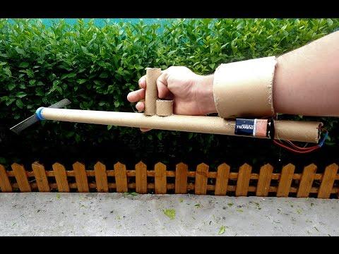 Den Hammer tora mit der Post zu bestellen