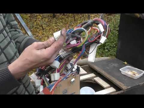 ВАЗ 21099  Полная замена электропроводки.  Как праздновали день кузовщика.