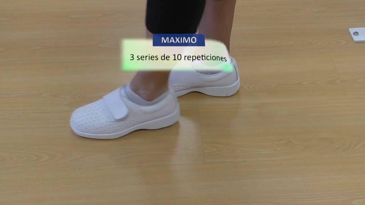 Vídeo sobre Escuela de cadera. En pie flexión, separación y balanceo de la pierna operada.