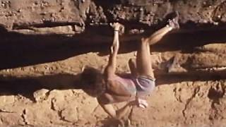 Catherine Destivelle - Awesome free solo climbing in Mali (Seo - escalade solo intégral)