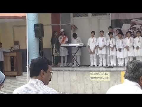 Har Karam Apna Karenge - Live Performance