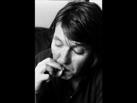 , title : 'Fabrizio De Andrè - Amore che vieni amore che vai'