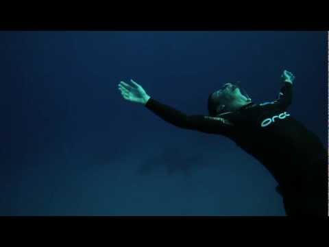 WEIGHTLESS – Emotional Freediving