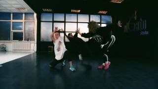 Hip-Hop / Jazz-Funk   Nika Chernika   Stwo feat. Sevdaliza–Haunted